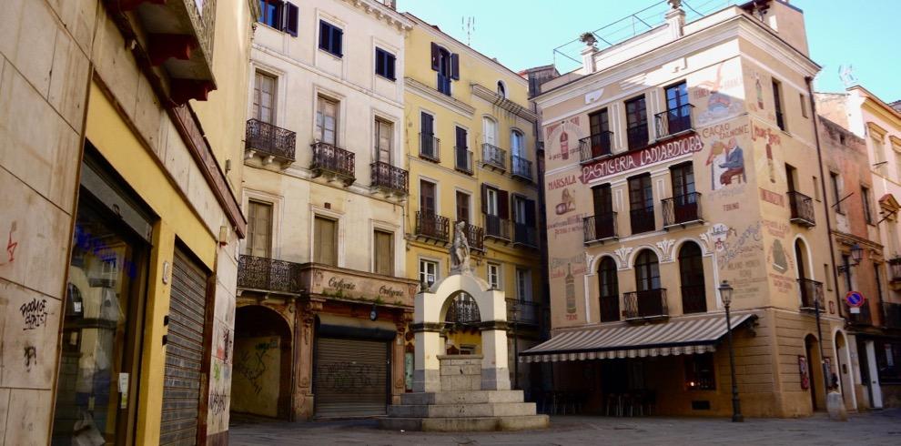 guided-tour-iglesias-sardinia-piazza-lamarmora